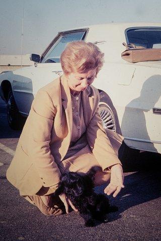 Ev & unknown puppy.